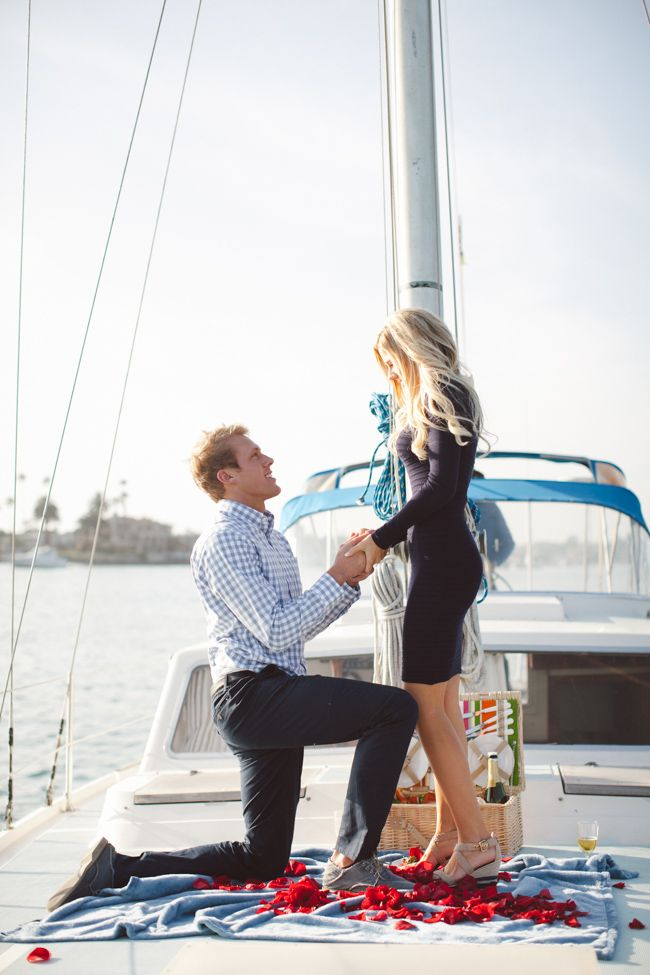 marriage proposal idea on a boat